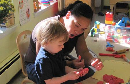 kids learning arts in school